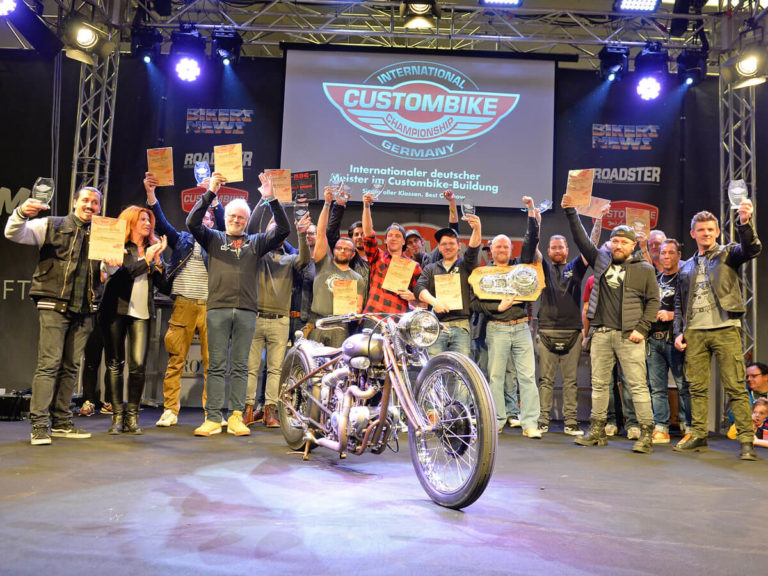 Gruppenfoto der Sieger der International Custombike Championship Germany 2019