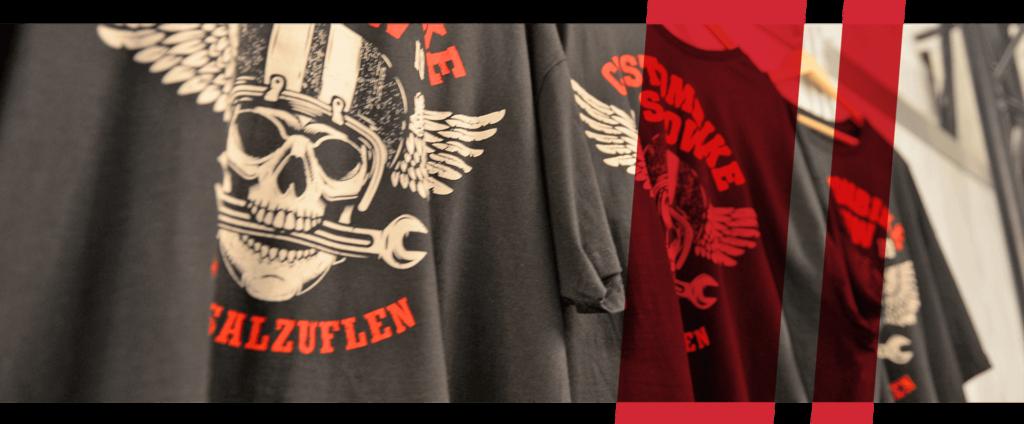 Nahaufnahme Custombike-Show T-Shirts, stilisiert